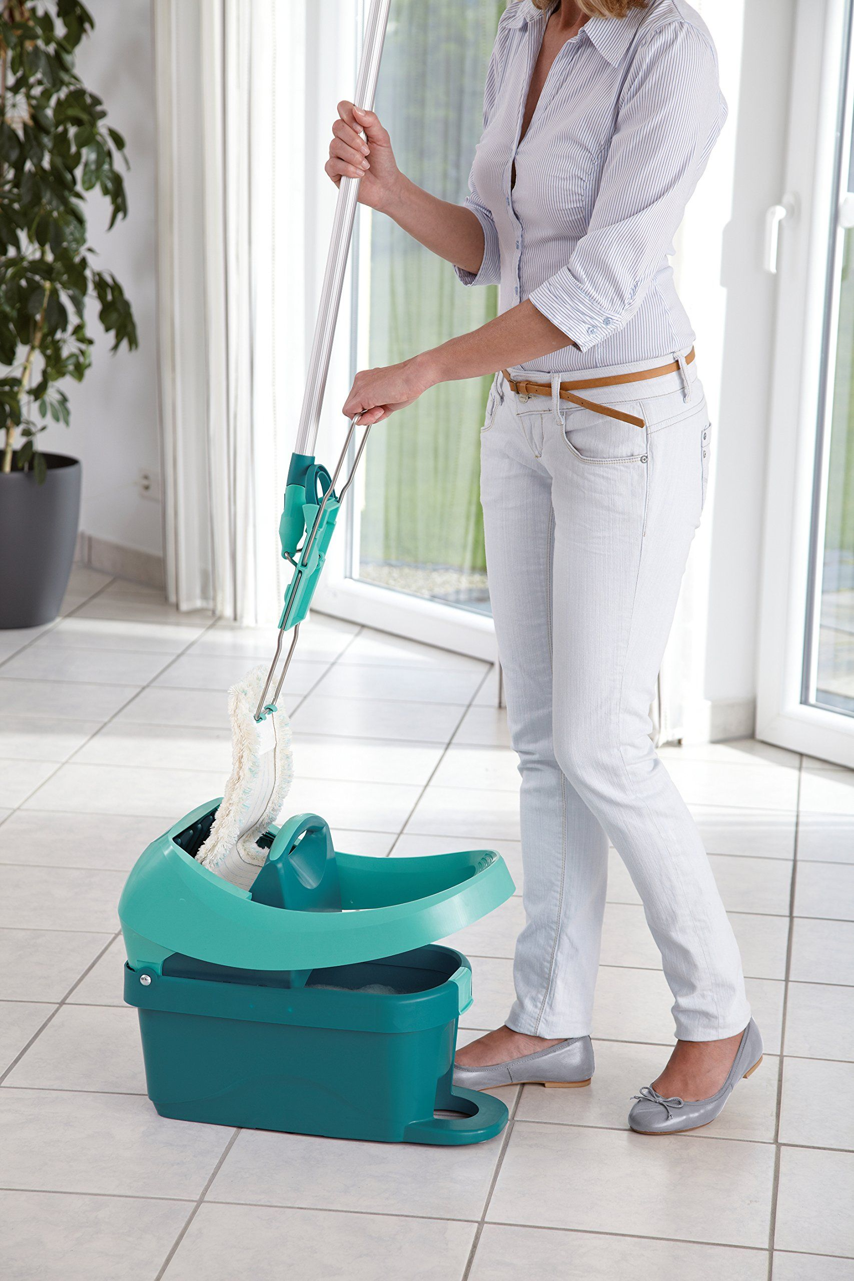 Leifheit Professional Evo Mop and Wringing Bucket Set with Floor ...