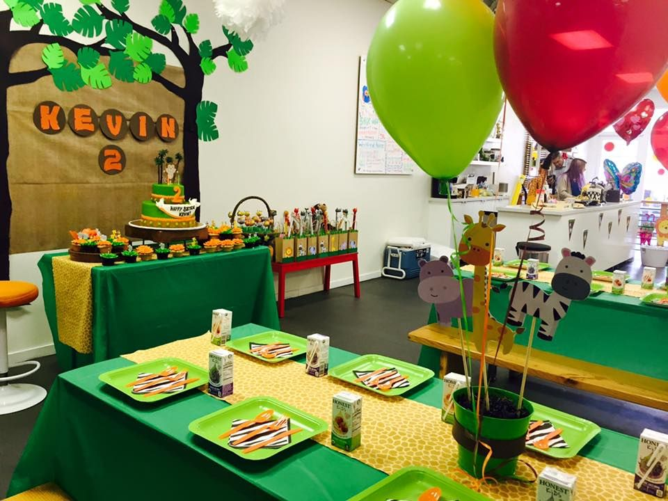 Jungle themed birthday party with DIY decorations and