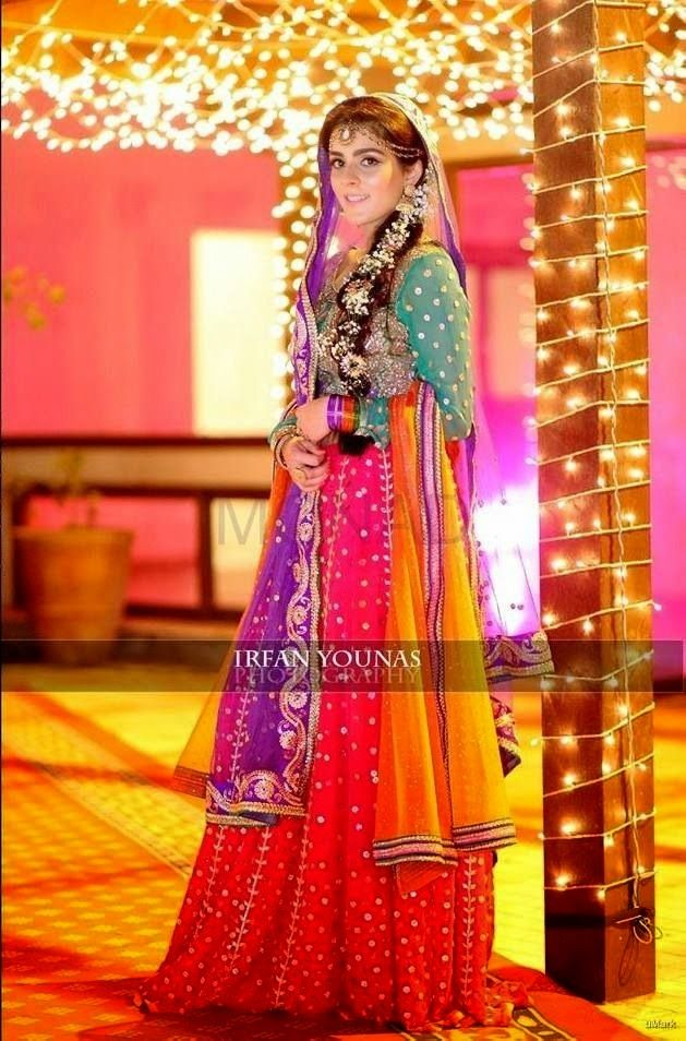 Mehndi Function Dresses 2015 : Brides dresses new bridal mehndi dress