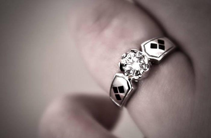 stunning batman harley quinn engagement ring when geeks wed - Harley Wedding Rings