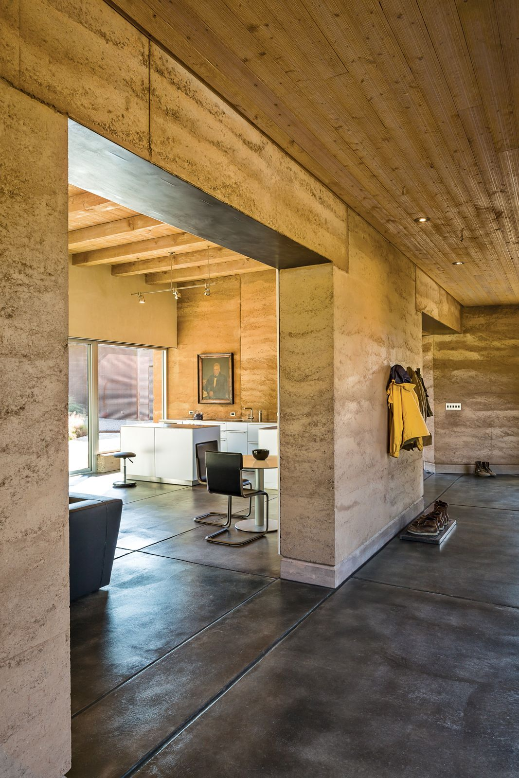 The 25 best rammed earth homes ideas on pinterest for Adobe floor