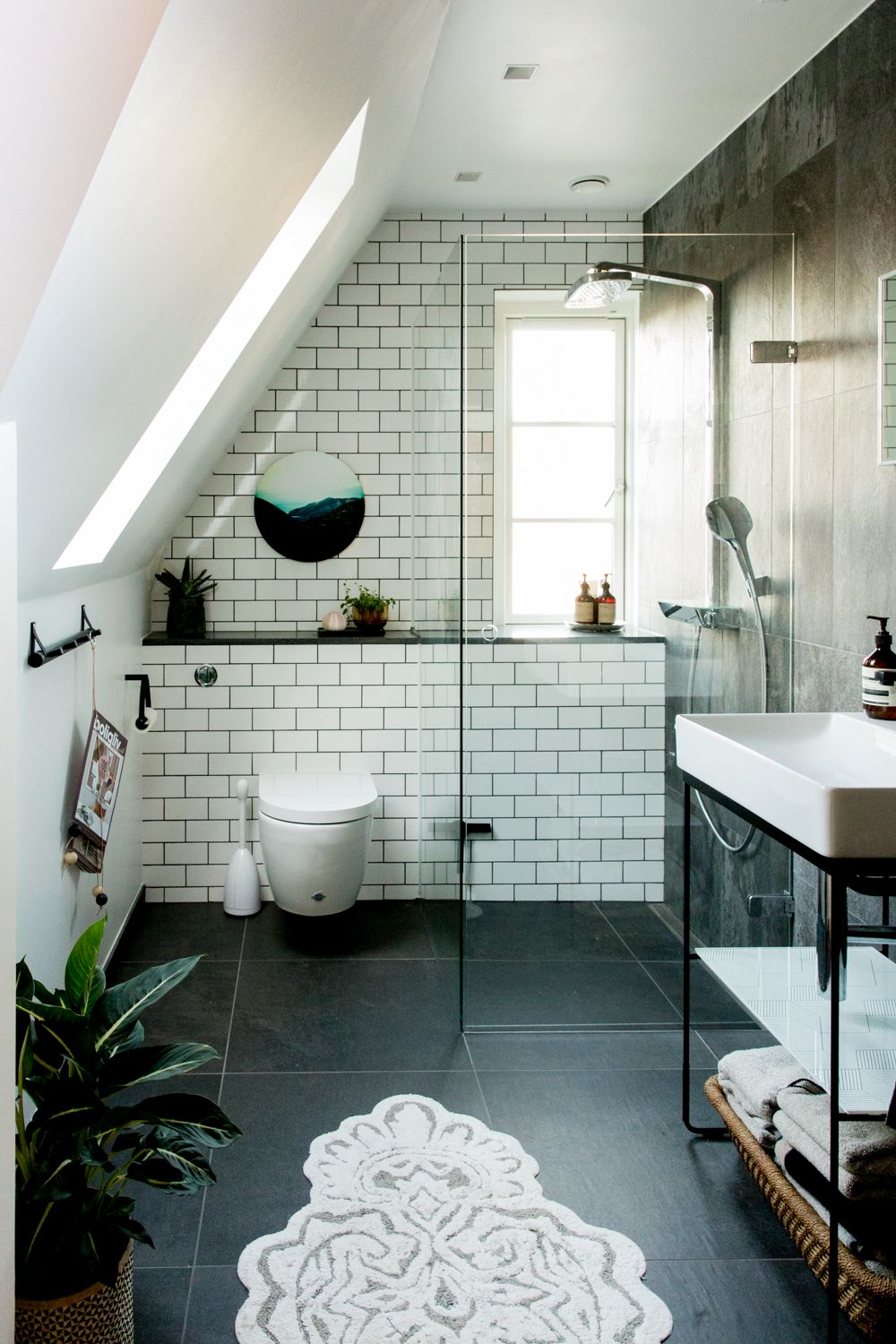 Bathroom remodel. Duravit Square Console, Tiles from Mosaikhjornet ...