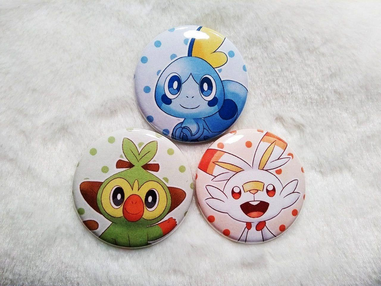 8 was just released this morning, but artist ManaArtes has already made pins of the Galar starte...