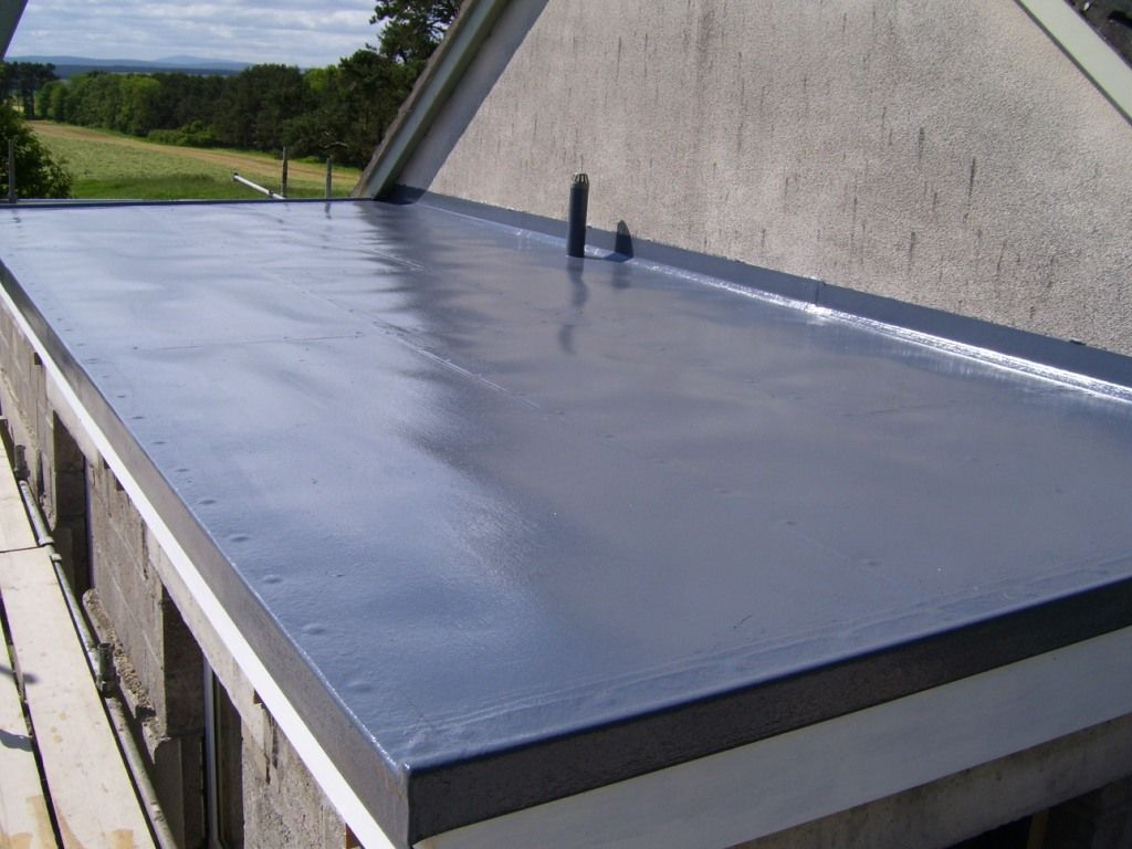 You Re Considering A New Flat Roof It S Wise To Know The Challenges Inherent In This Type Of Roofing It Comes Wi Flat Roof Repair Roof Architecture Flat Roof