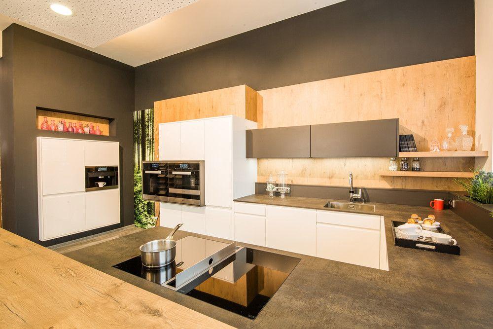 Elegant Nöbauer Innenarchitektur   Küche Mit Bora Kochsystem