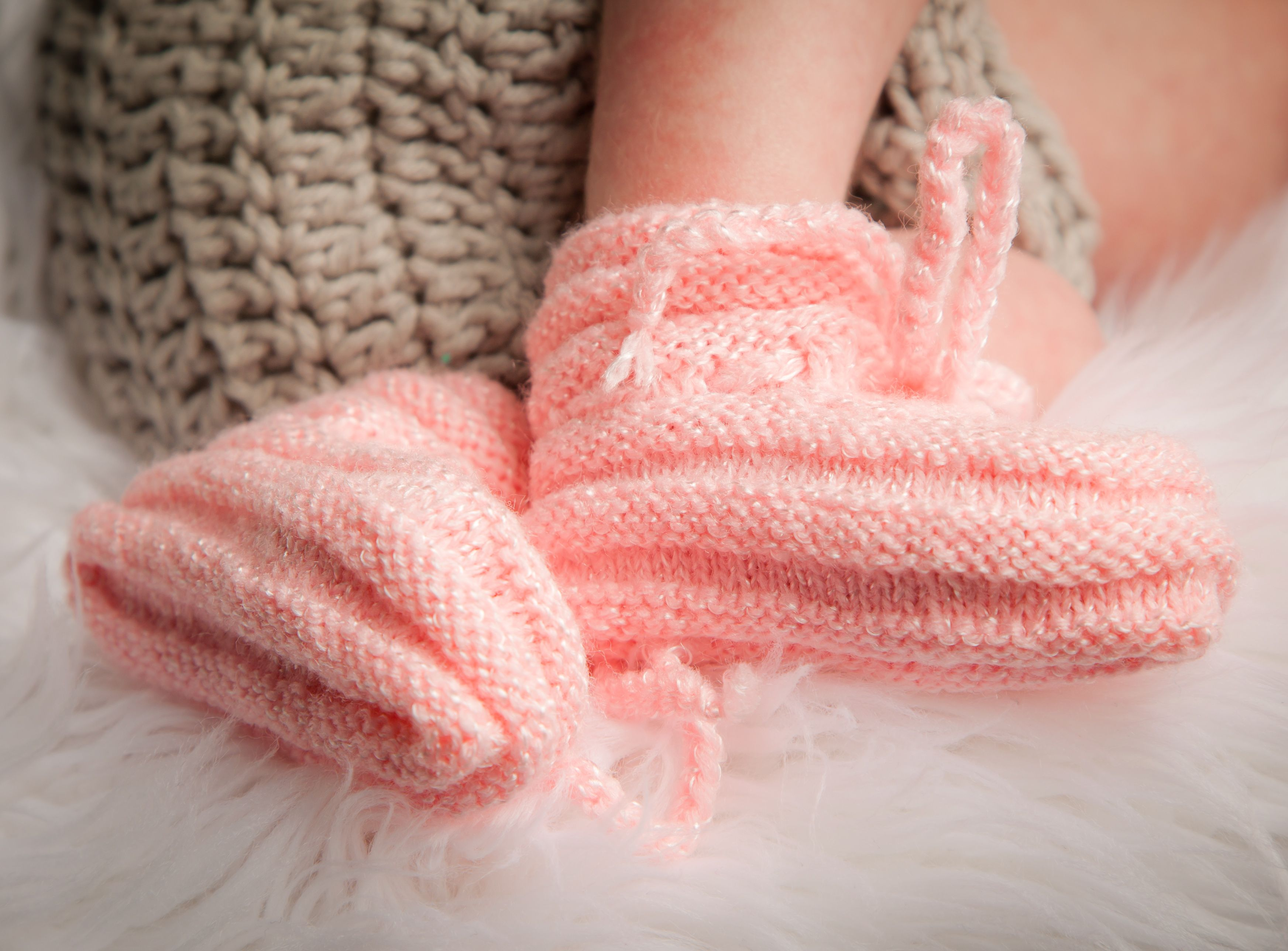 Grandmas knit baby booties step by step knit baby booties grandmas knit baby booties step by step bankloansurffo Choice Image