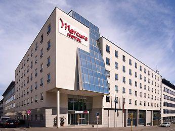 Ponad 25 Najlepszych Pomysłów Na Temat Stuttgart Hotel Tylko Pintereście