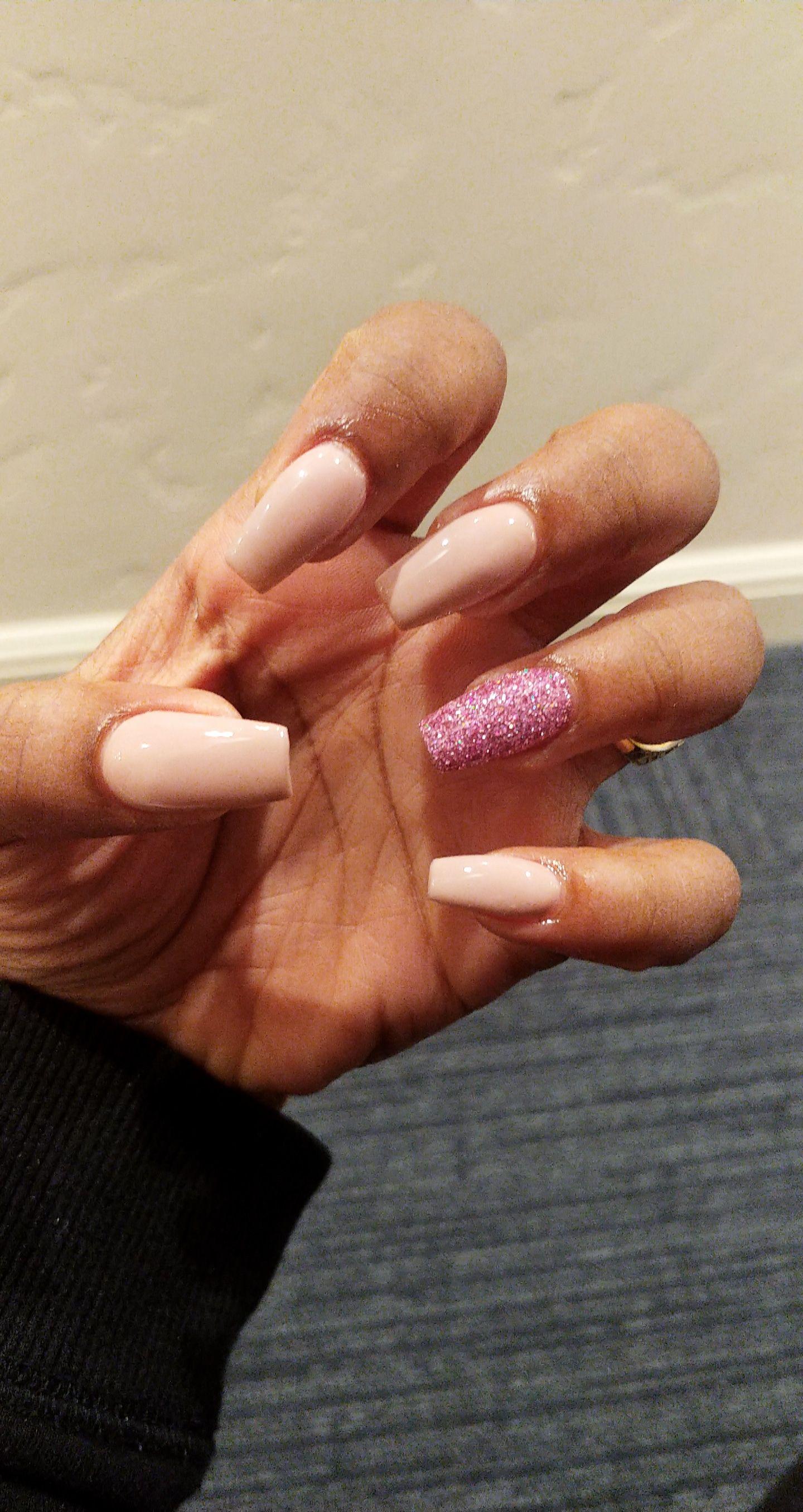 Summer Nails Nail Polish Brand Dnd Gel Polish Colors Cinnamon Whip 613 And Pretty In Pink 461 Nails Dnd Gel Polish Gel Polish Colors Summer Gel Nails