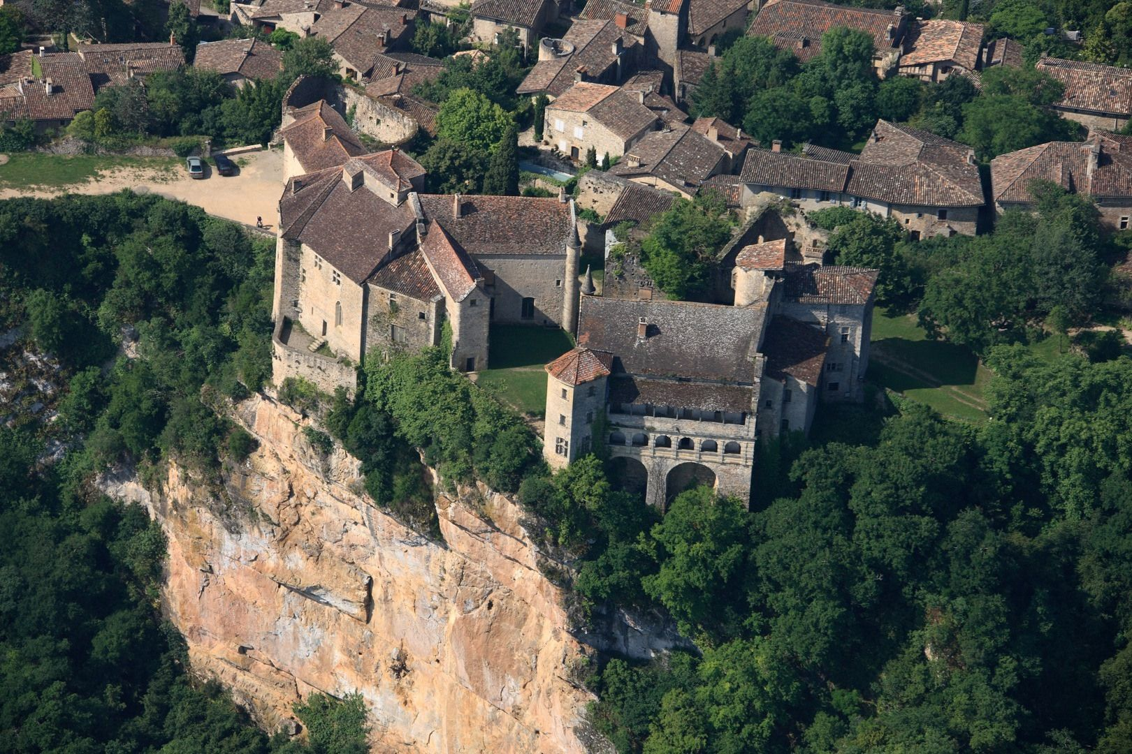 Bruniquel   Holiday Villages In France