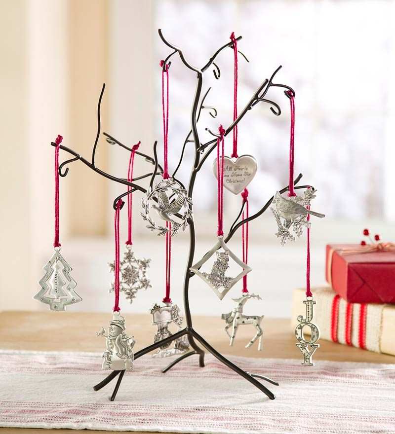 Metal Tabletop Christmas Tree: Metal Ornament Tree With 10 Ornaments