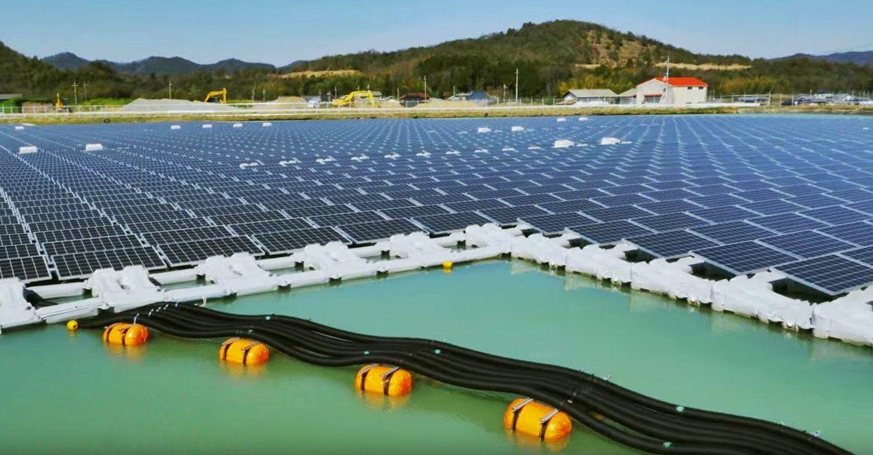 These Bizarre Floating Solar Panels Are Solving 3 Critical Problems Solar Power Plant Solar Farm Solar