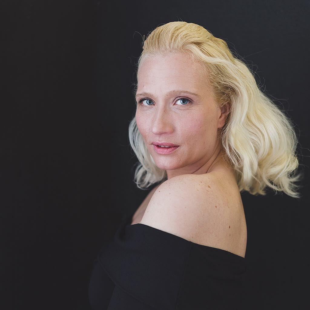 Those beautiful blue eyes....💙 . . . #blueeyes #blonde #beauty #portrait #edinburghmodels #edinphoto #igersedinburgh #contemporaryportraiture #magazinestyle #edinburghphotographer #studioowner #shoulder #blacktop #blackbackground #elegant #classicbeauty