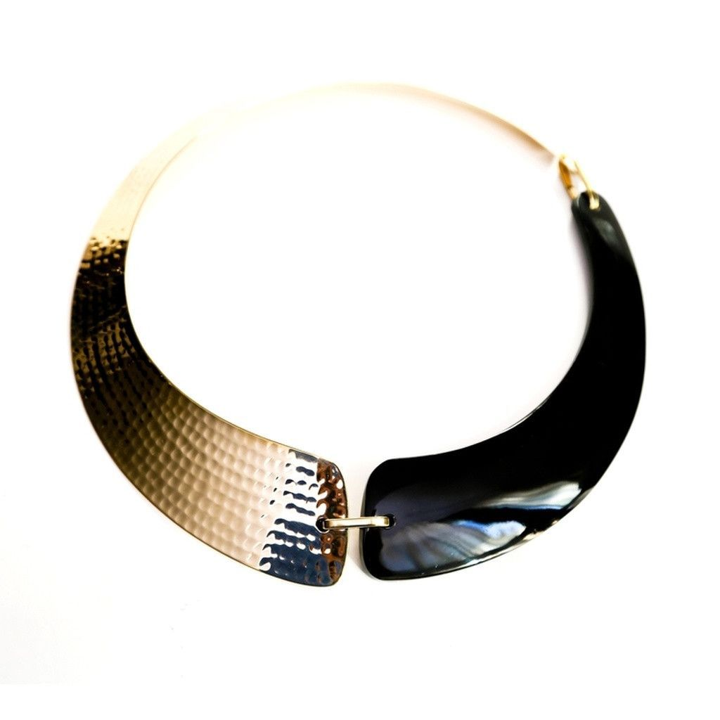 Tahiti wood or horn collar necklace