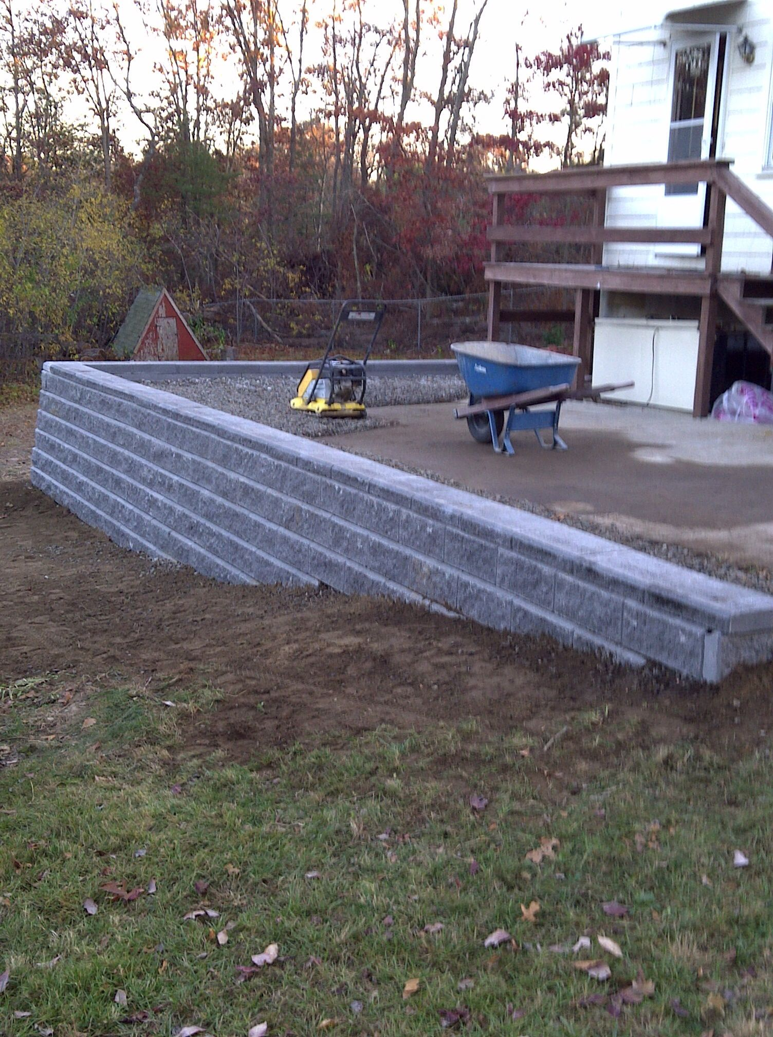 Retaining Wall Along Driveway Retaining Wall Patio Home Renovation