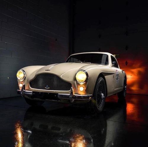 Aston Martin Cars, Classic Aston