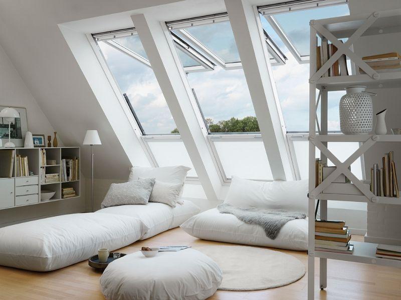 Een slaapkamer inrichten met een schuin dak? 5 tips! - Raam, Zolder ...