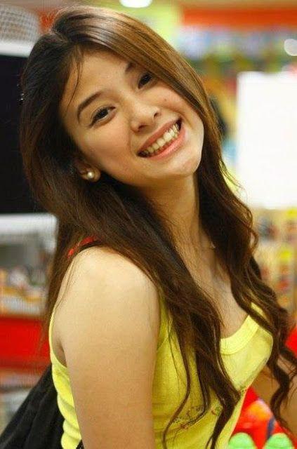 Charming phrase Filipina teen girls feet