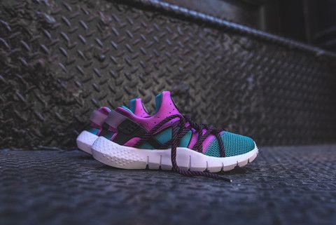 lowest price a54df f13ff Nike Huarache NM - Radiant Emerald  Kith NYC