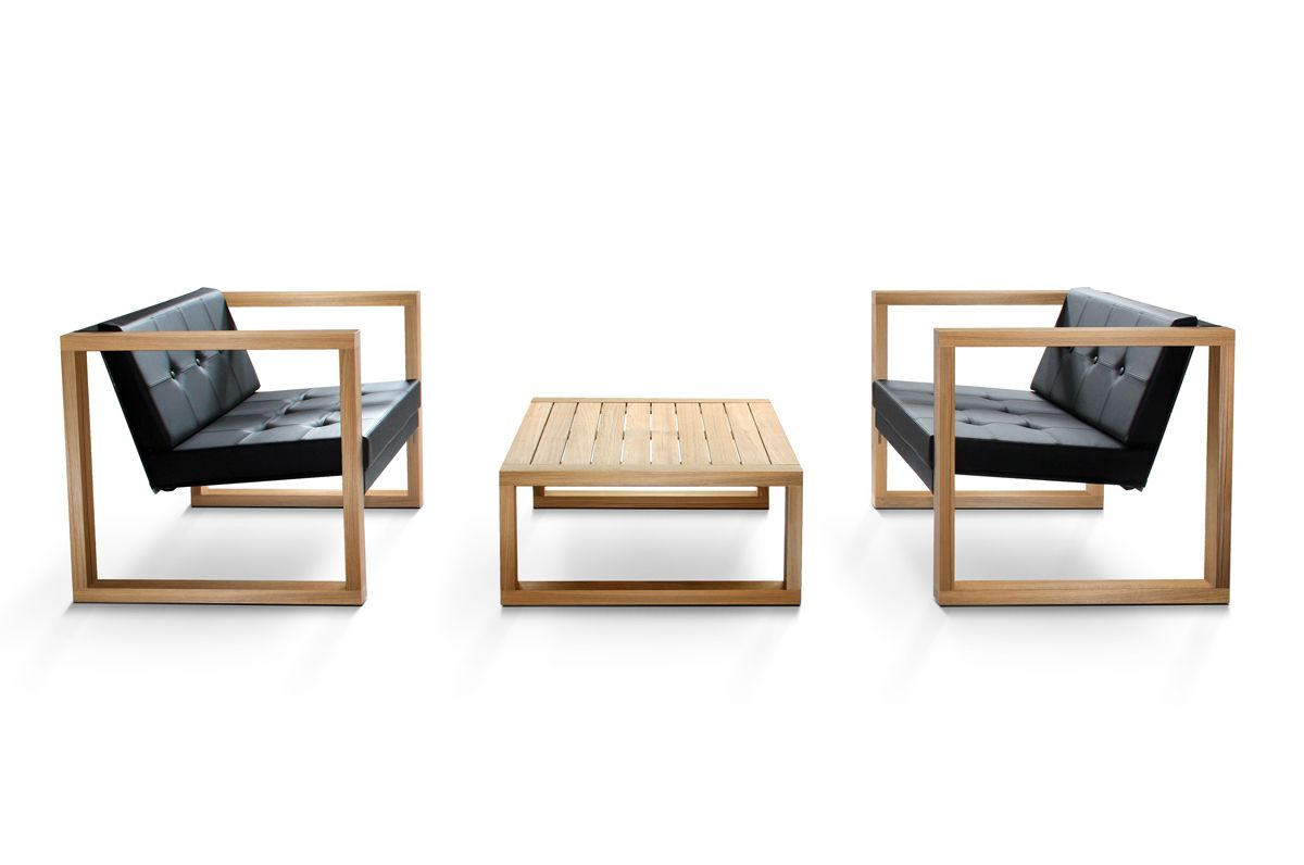 As the trend shifts towards sustainability, teak is returning to the outdoor furniture scene. European designer Hendrik Steenbakkers has created a teak version of the #designer #classic Poltrona Lounge.