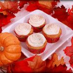 Pumpkin Cupcakes with Vanilla Cinnamon Cream Cheese Frosting