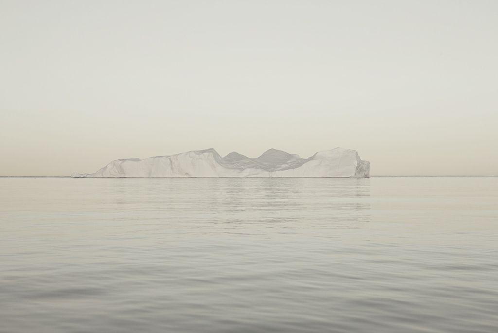 Melt/Portrait of an Iceberg / Simon Harsent / Photographer