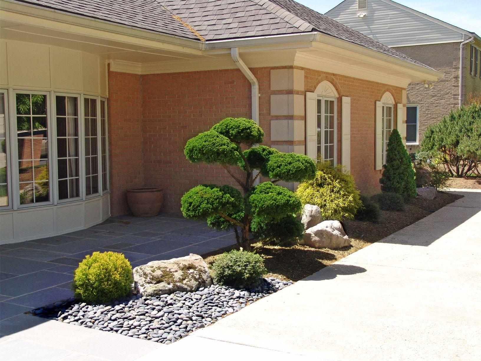 Japanese Garden. Front entrance landscape design By Lee's