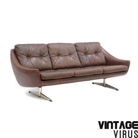 Nl Vintage Bruin Leren 3 Persoonsbank Met Chroom Onderstel Gemaakt In De Jaren 60 En Vintage Brown Leather 3 Seater Sofa With Chrome Base Made In The 1960s Lederen Bank Bruin