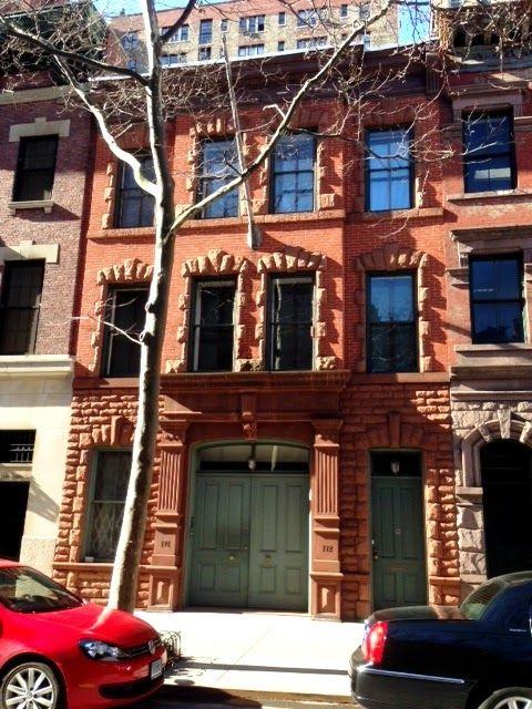 Daytonian In Manhattan The 1889 J B Layng Carriage House 172 174 E 73rd Carriage House House House Styles