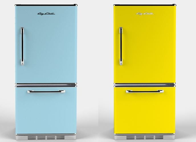 New Chill Refrigerator W Bottom Freezer It S Called The Retropolitian And I Do Believe Love