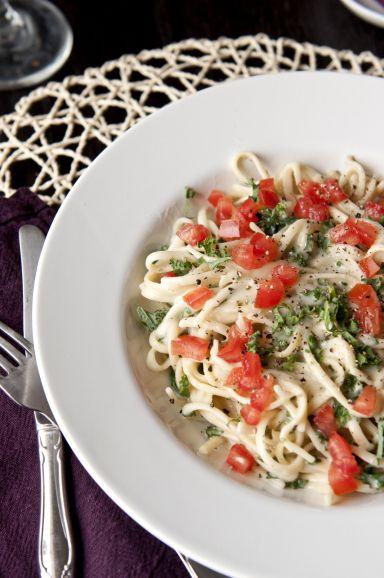 Vegan Roasted Garlic Pasta with Kale