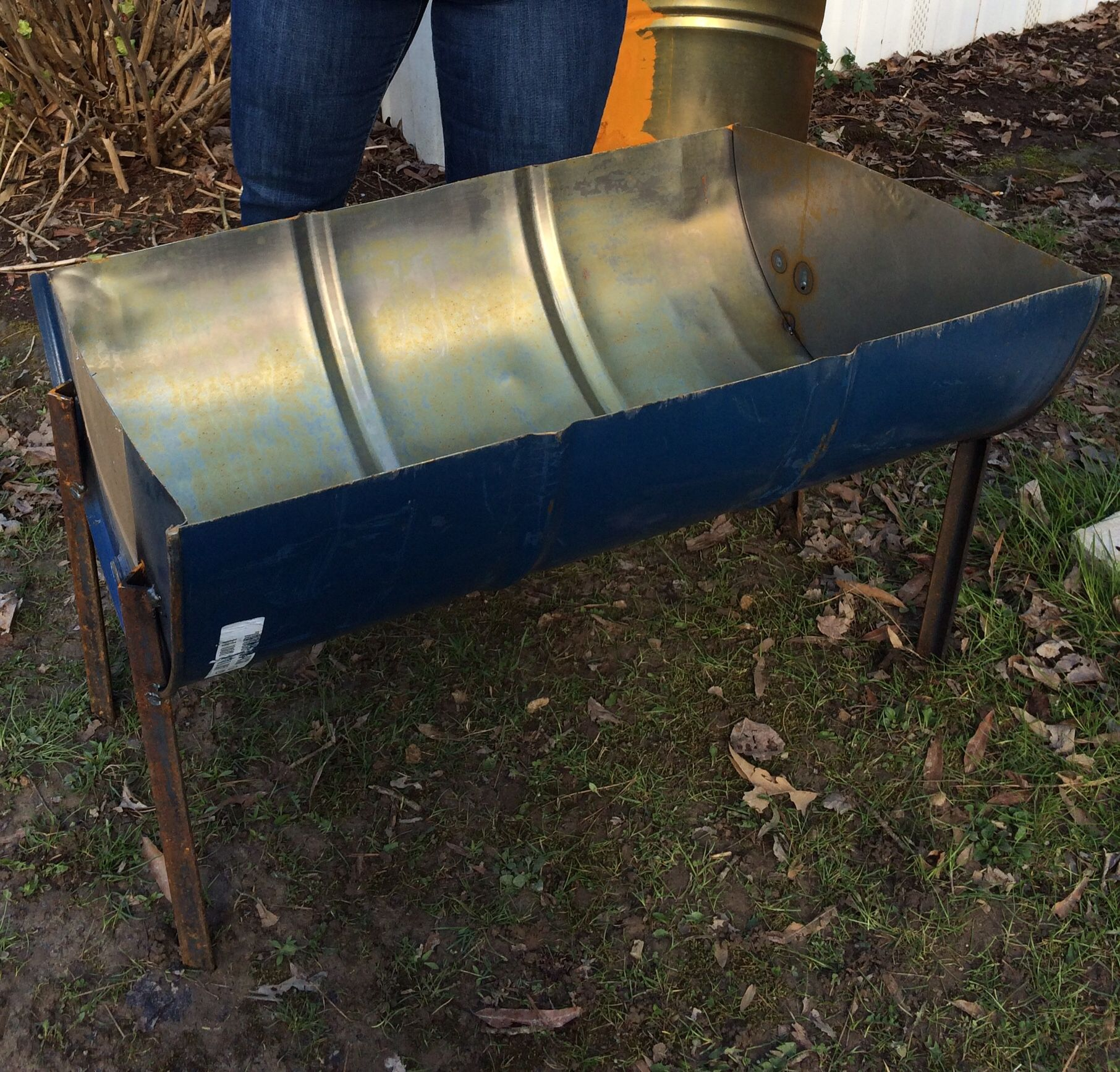 55 Gallon Drum Made Into A Fire Pit Barrel Fire Pit Homemade Fire Pit Diy Fire Pit