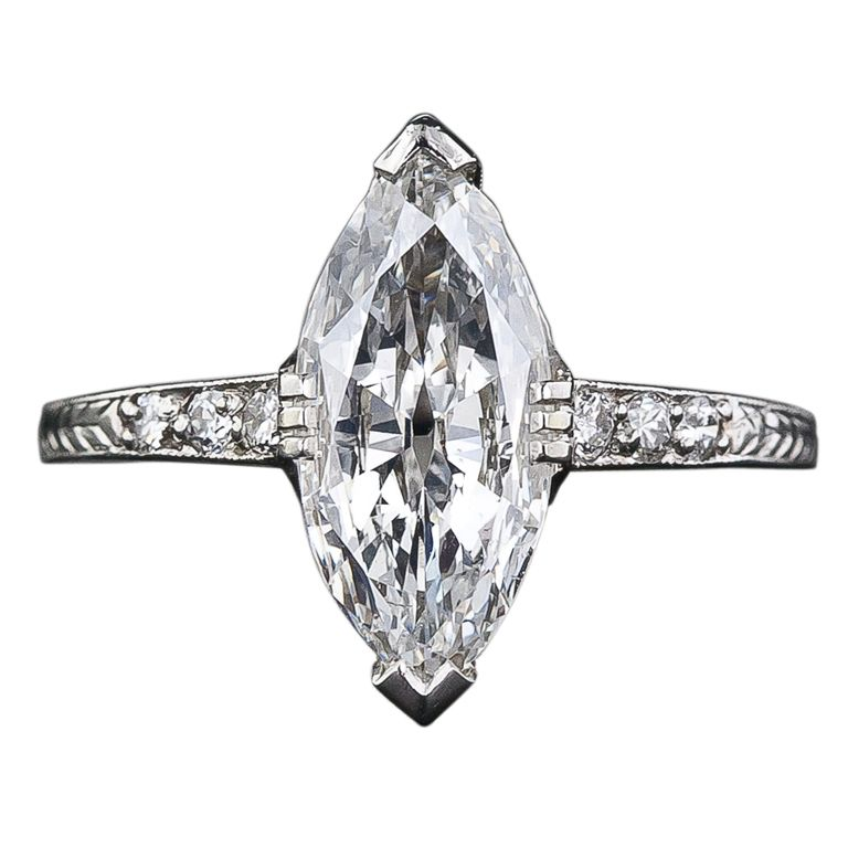 Art Deco 1.41 Carat Marquise Diamond Engagement Ring