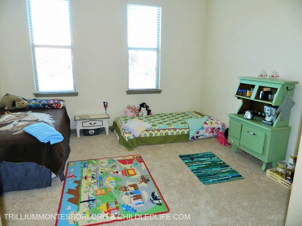 small space montessori setup children s room and closet rh pinterest com Living Room Setup Bedroom Setup