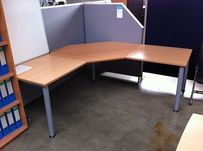 Schreibtisch Winkelkombination 200 X 200 Cm Buche Mix Buromobelsparen25 Com Sparen25 De Sparen25 Info Home Corner Desk Home Decor