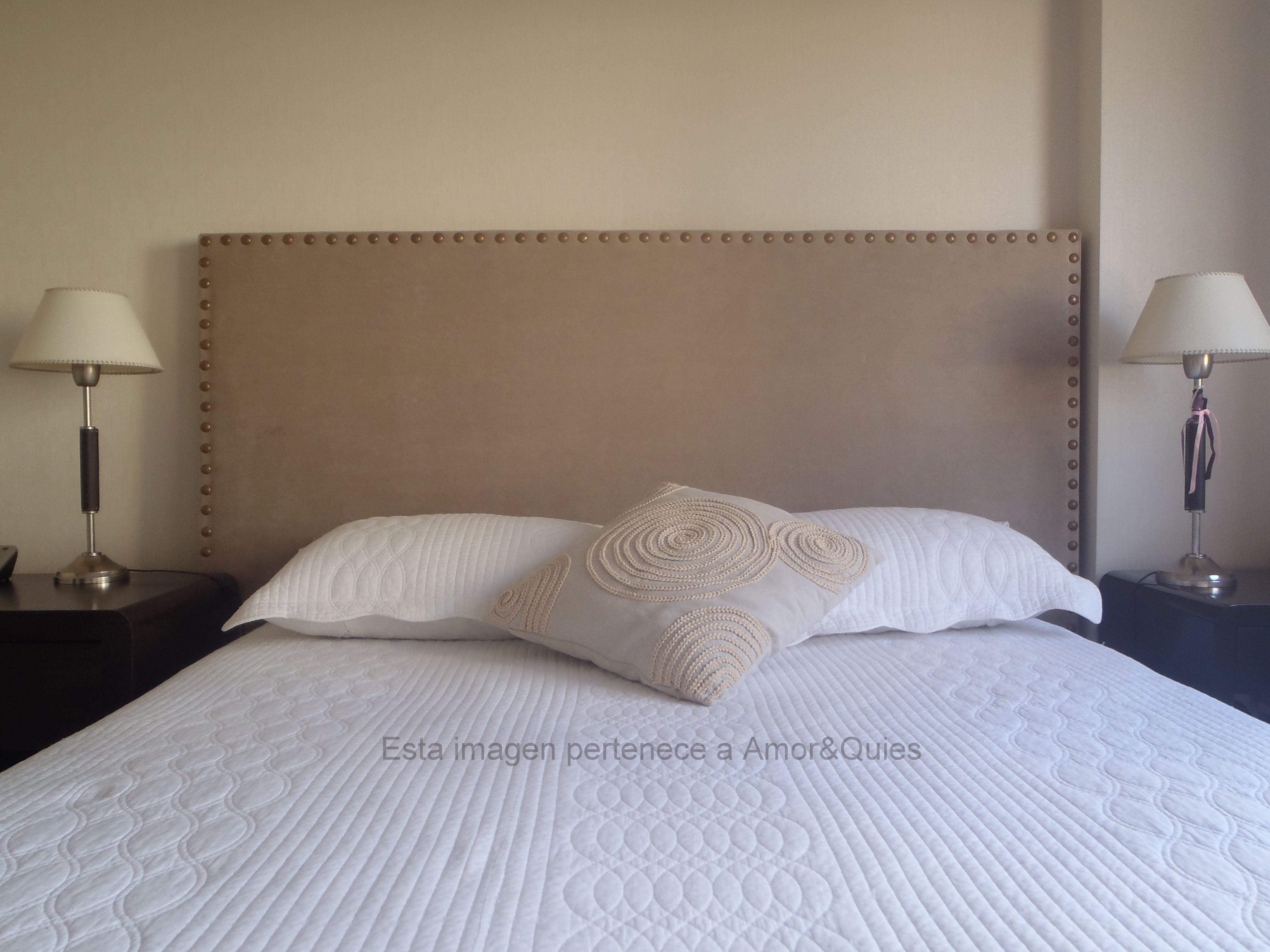 Respaldo con Tachas oxidé XL tapizado en pana beige! www.amoryquies ...