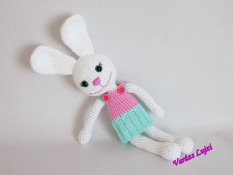 Amigurumi Nyuszik : Horgolt nyuszi ' fanni' varazslujzi crochet dolls