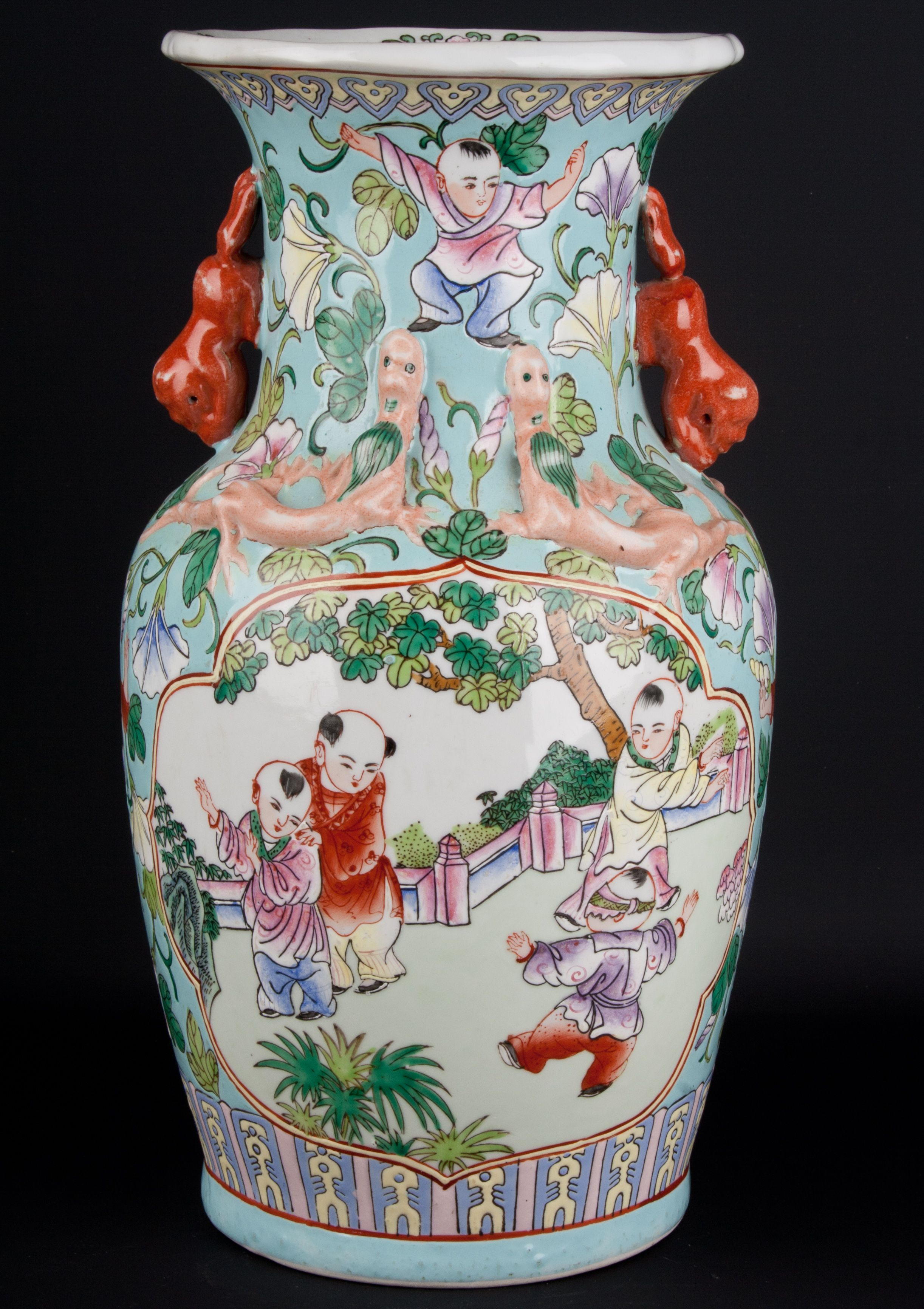Description a chinese baluster vase in early 19th century canton description a chinese baluster vase in early 19th century canton style decorated reviewsmspy