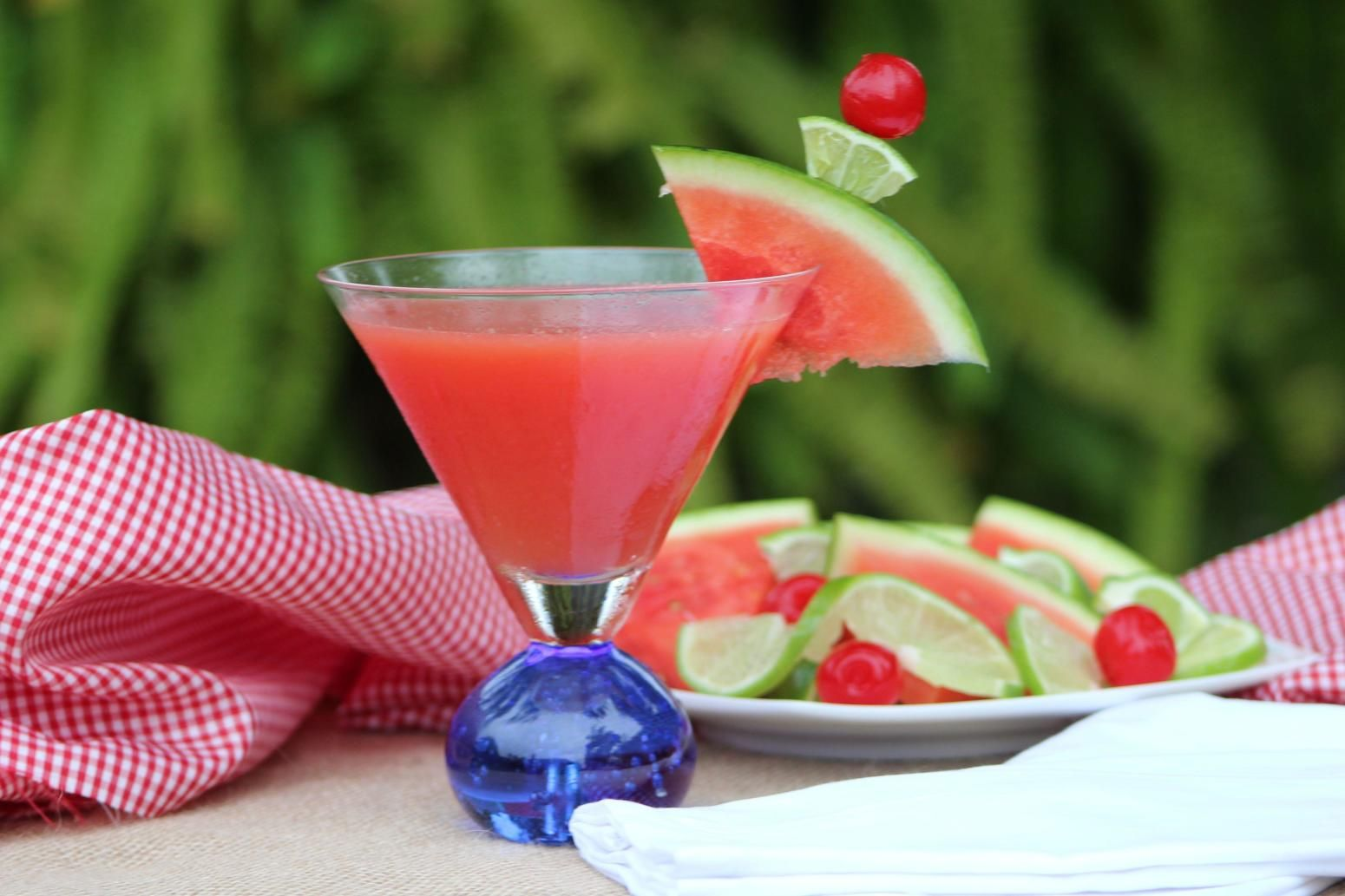 Tropical Mist Cosmo Recipe Watermelon Drink Healthy Drinks Smoothies Summertime Drinks