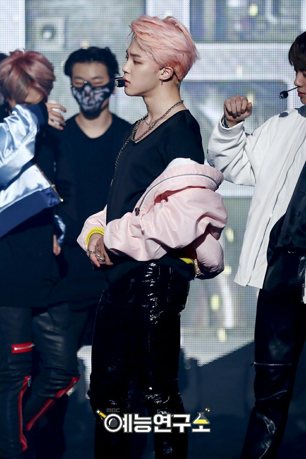 Jimin❤ BTS At Music Core~ (170225) #BTS #방탄소년단