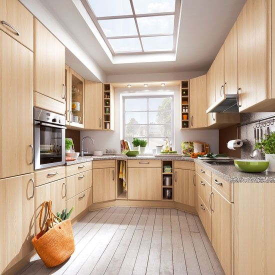 Small Kitchen Ideas To Turn Your Compact Room Into A Smart Space Simple Kitchen Design Interior Kitchen Small Contemporary Kitchen Design