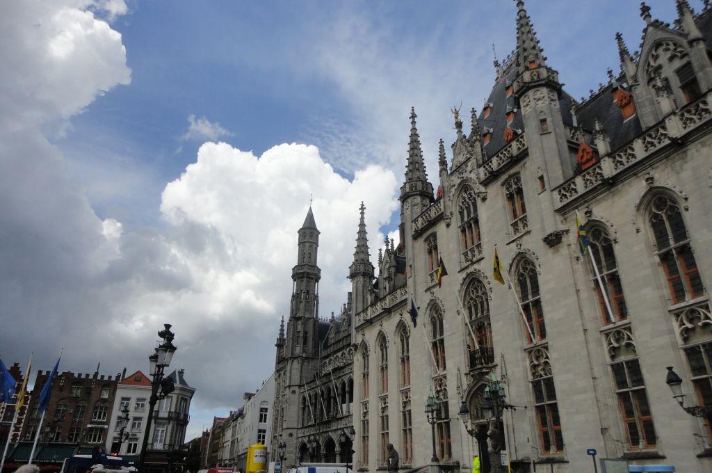 Bruges, dans le nord de Belgique, la beauté néerlandaise