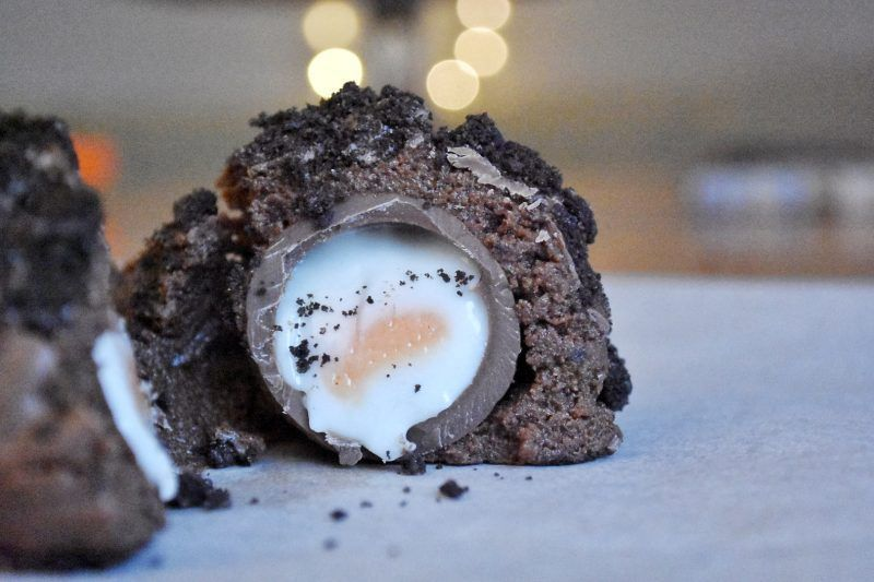 Creme Egg Scotch eggs #scotcheggs This is a tasty no-bake recipe for Scotch crem...