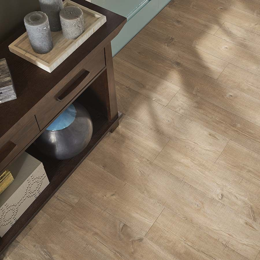 Pergo Max Premier 7 48 In W X 4 52 Ft L Scottsdale Oak Embossed Laminate Wood Planks At Lowes