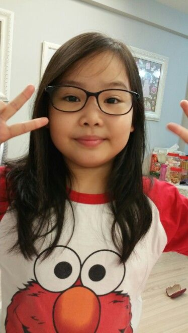 She n her new glasses. Cute!!