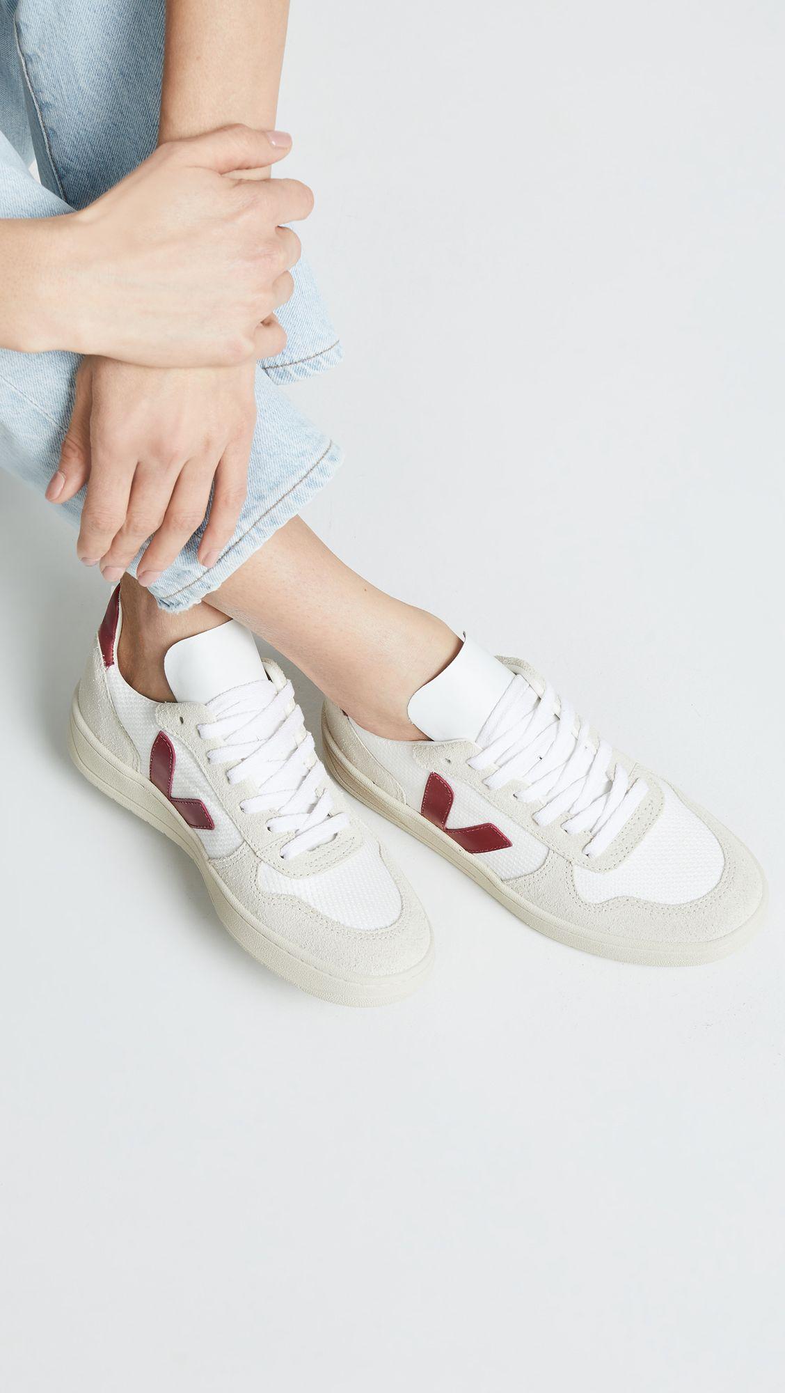 legislación Optimista Desesperado  Veja V-10 Lace Up Sneakers | Sneakers, Sneakers fashion, Veja sneakers