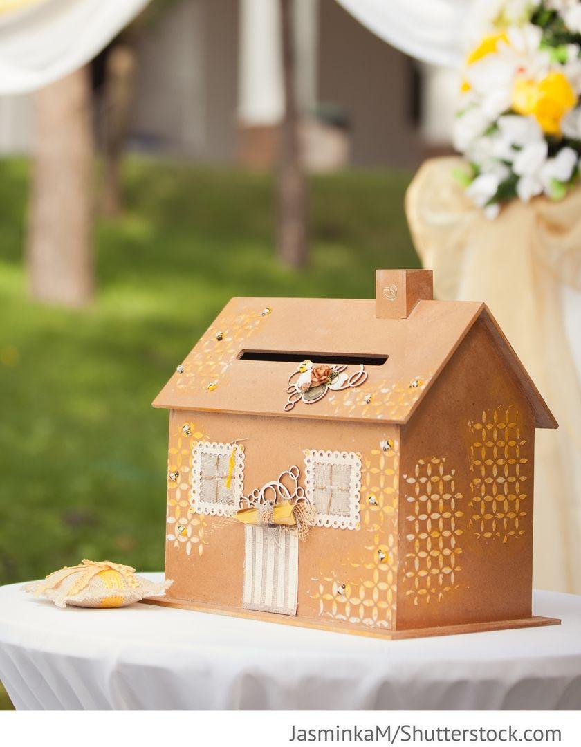 Briefbox Haus Fur Die Hochzeit Hochzeitsgeschenke Pinterest
