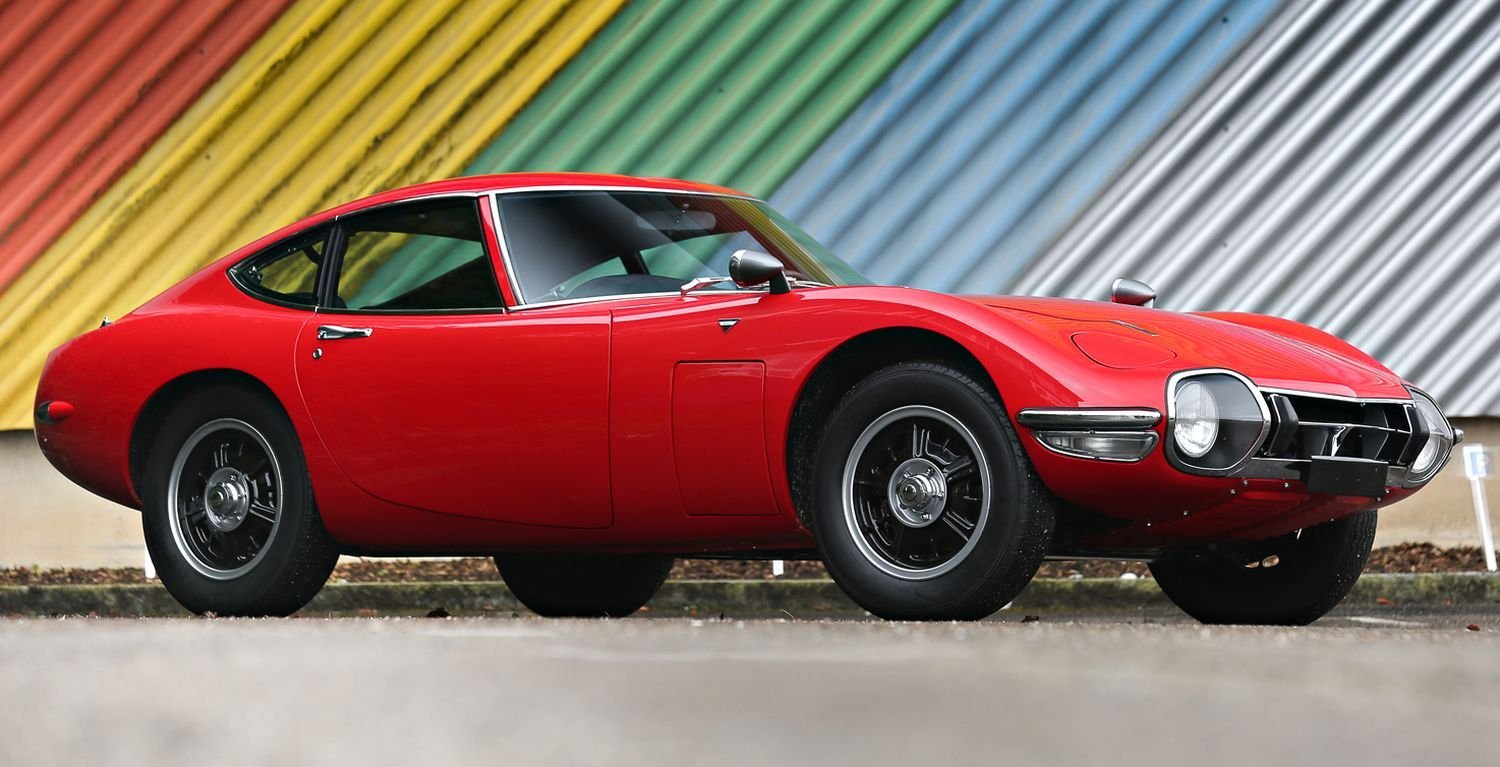 Japanese sports car trio, round two Toyota 2000GT, Nissan