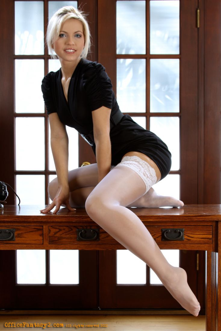 Hot secretary video