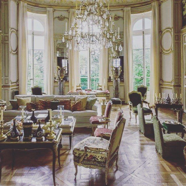 "David Gerard DeLaunay on Instagram: ""Without doubt the most beautiful room I've ever been in....#frenchdecoration #givenchystyle #classicdecor #classicfrench #hotelparticulier…"""