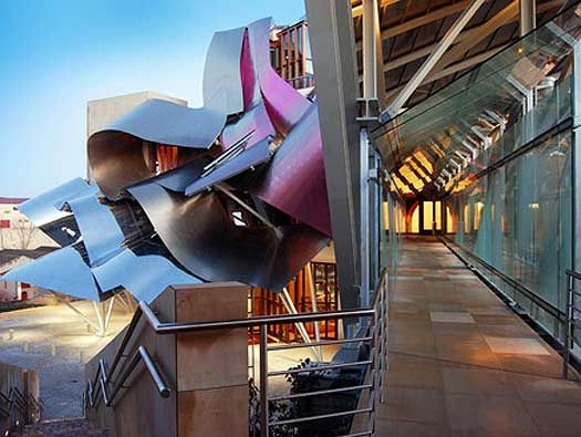 marqu s de riscal hotel by frank gehry spain architecture wineries pinterest frank. Black Bedroom Furniture Sets. Home Design Ideas